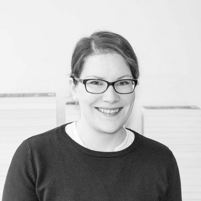 Christina Schmidt-Hoberg, Charles Verlag