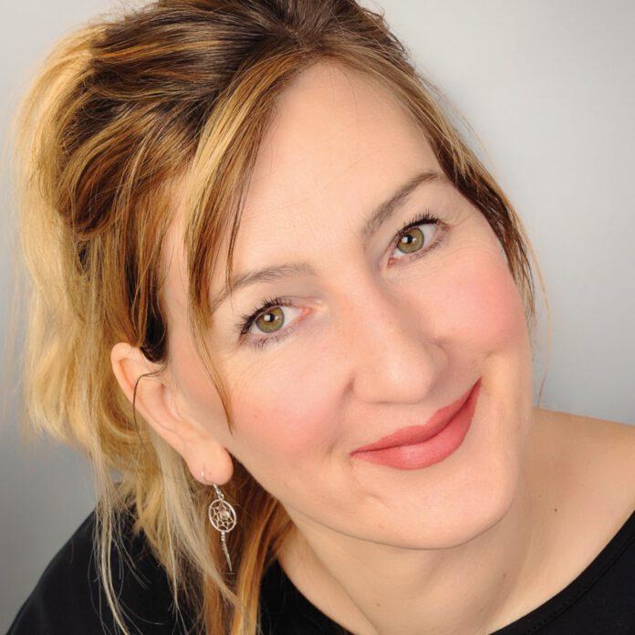 Jennifer Schreiner, Elysion-Books
